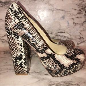 MIA snakeskin platform chunky heels Size:9